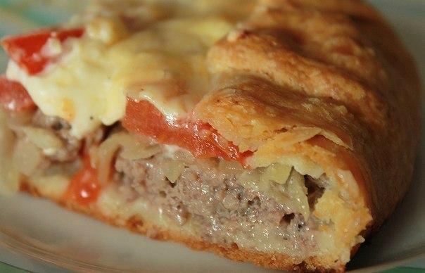 Открытый мясной пирог с картофельным тестом