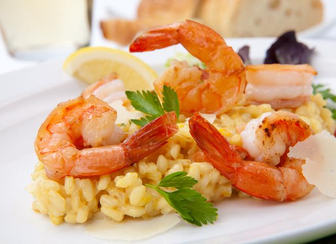 Паэлья в мультиварке: попробуй вкусное блюдо с креветками