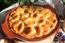 Песочный мини-пирог с мясной начинкой