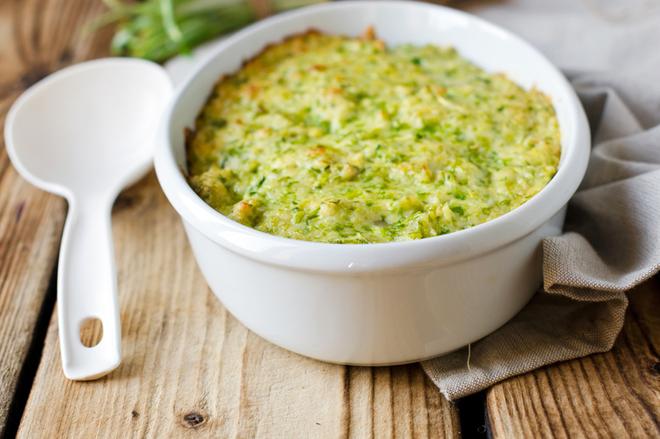 Постные блюда: картофельное пюре, запеченное с грибами