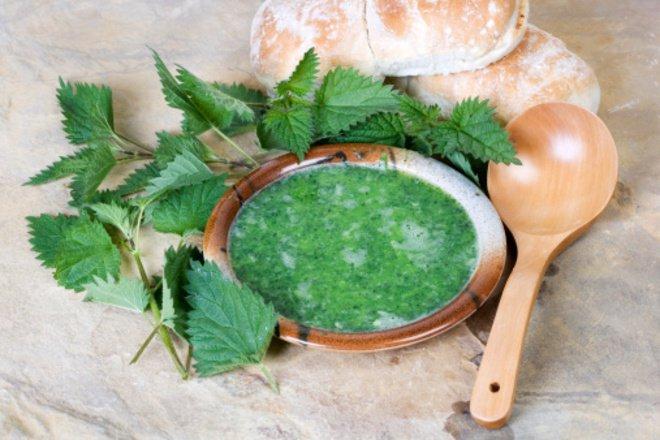 Суп из крапивы с рисом