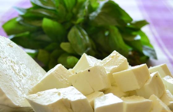 Готовим сыр дома: 4 лучших проверенных рецепта