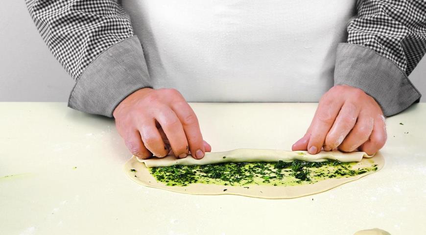 Лепешки с зеленым маслом