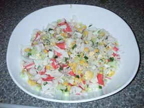 Салат из капусты с крабовыми палочками