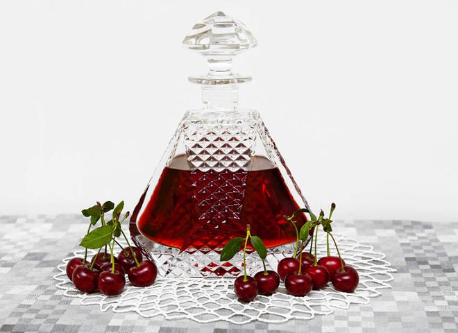 Вино из вишни: рецепт домашнего алкоголя