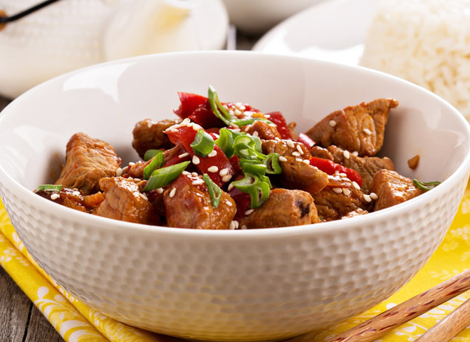 Жареное мясо: рецепт с луком и болгарским перцем