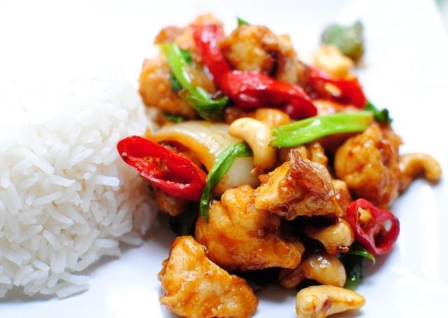 Карамельная курица по-тайски