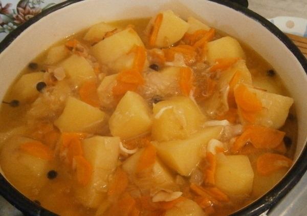 Соус из курицы с картошкой в мультиварке рецепт с фото