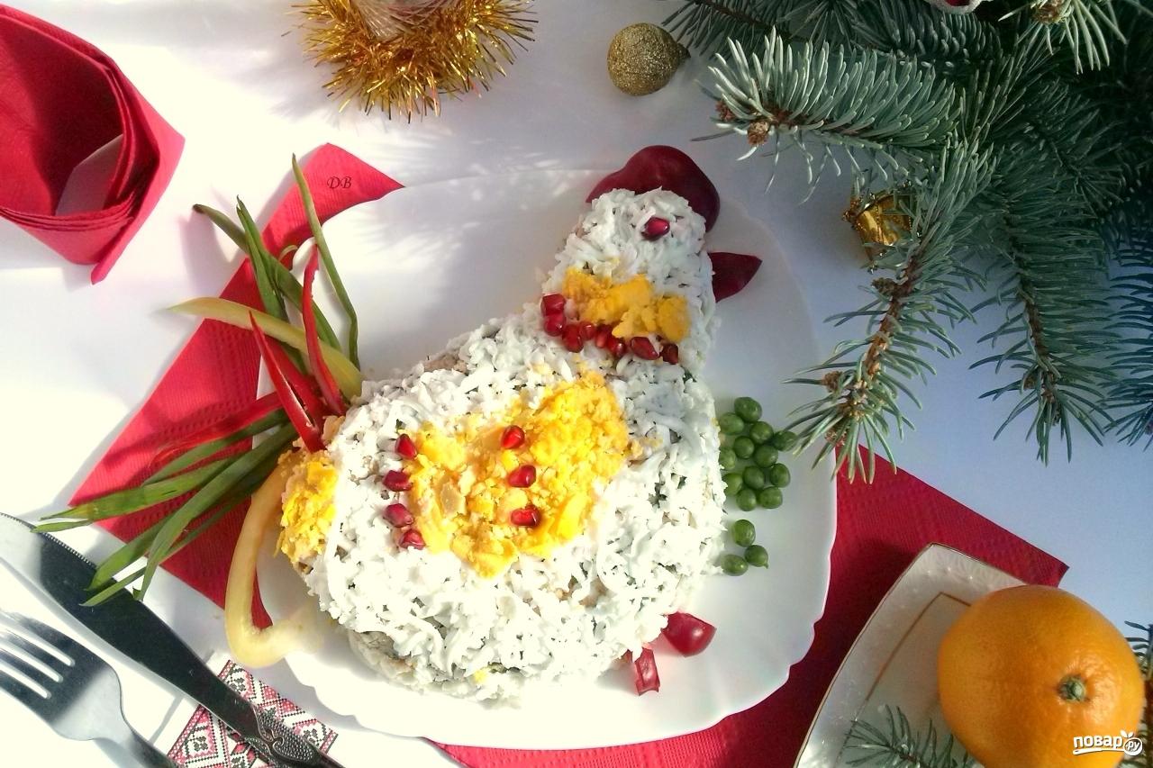 Салат «Петушок» с сухариками