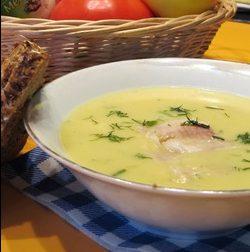 Картофельный суп-пюре с хреном и копченой форелью