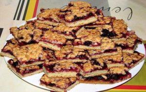 Печенье тертое с вареньем
