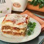 Лазанья с печеным сладким перцем, помидорами и рикоттой