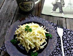 Парижский салат с сельдереем