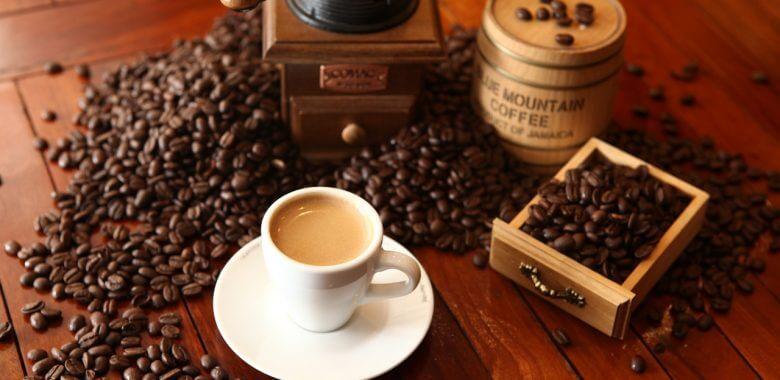 Ароматный напиток – свежеобжаренные зерна кофе