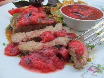 Мясо с клубничным маринадом