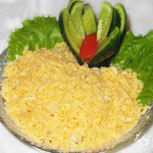 Салат «Сырный»