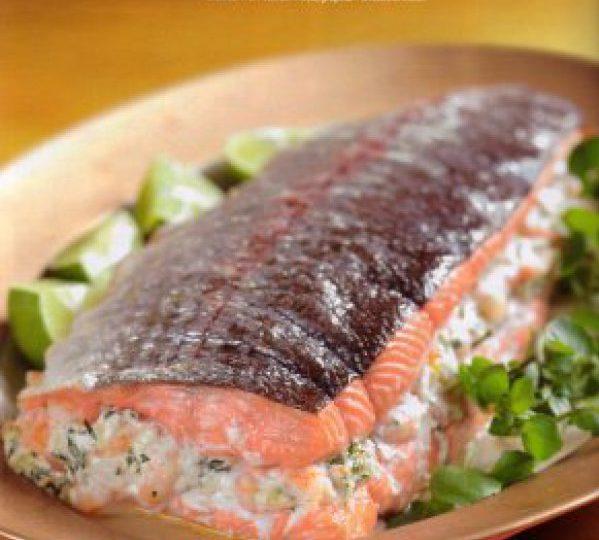 Рулет из лосося с плавленным сыром