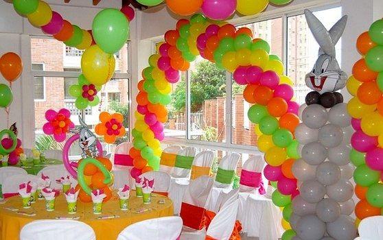 Особенности оформления воздушными шарами от Сочно