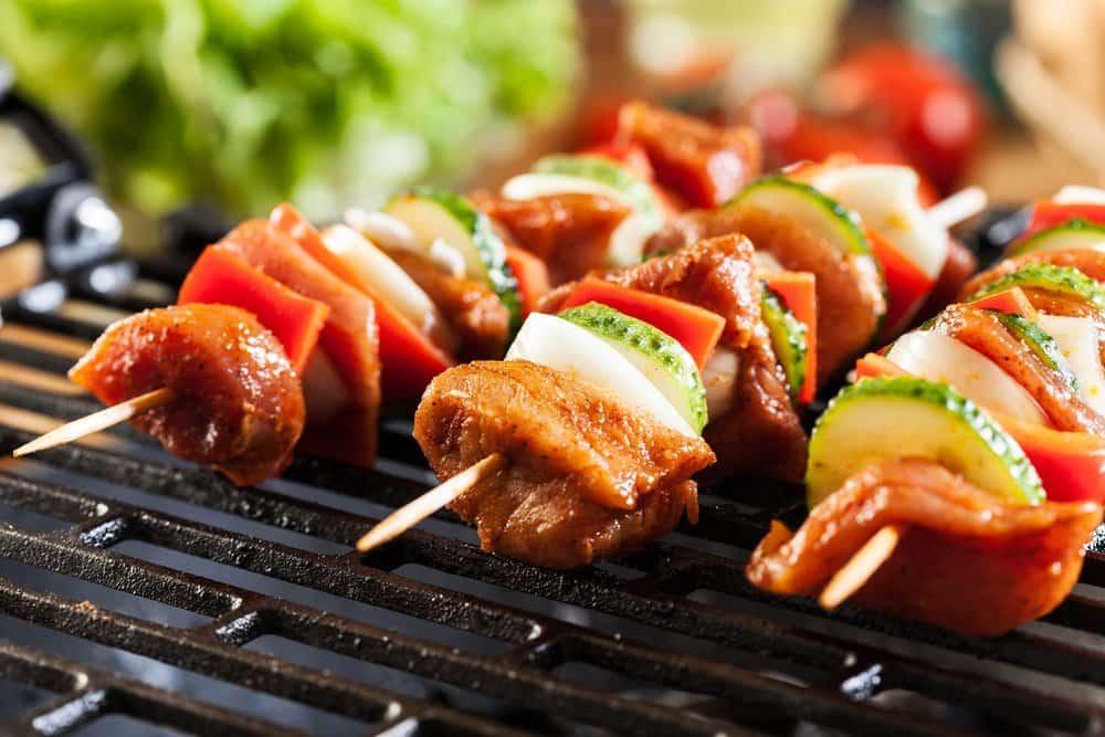 Маринование мяса под шашлык. Советы врачей.