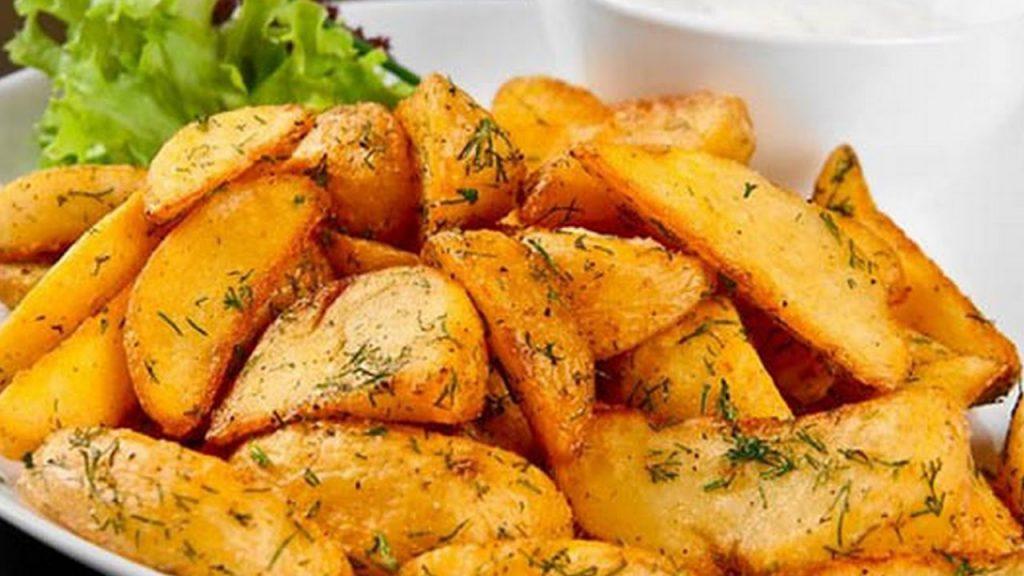 Картошечка по деревенски в духовке рецепт с фото пошагово