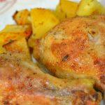 Запеченные куриные окорочка с лимоном, чесноком и травами