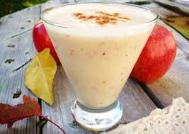 Яблочный смузи с йогуртом