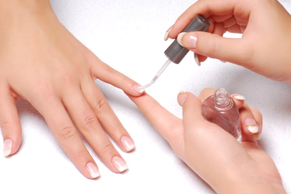 Полезные процедуры для ваших рук и ногтей