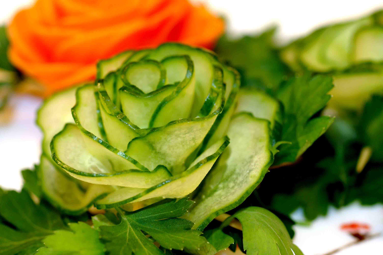 Вкусный декор: что можно изготовить из овощей
