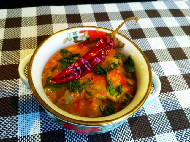 Постная горячая закуска из кабачков с помидорами