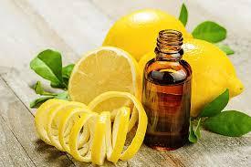 Эфирное масло лимона для лица и волос
