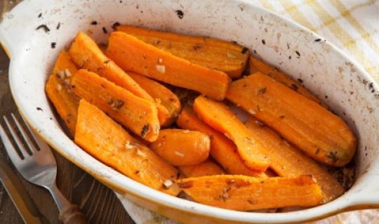Морковь, запеченная со специями