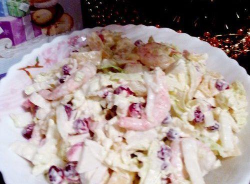 Салат с креветками и гранатом «Стрелы Амура»