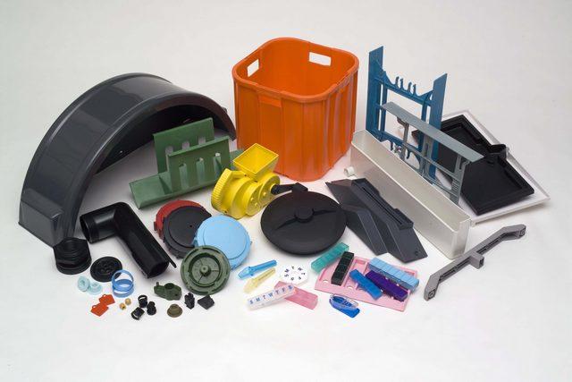 Литье изделий из пластмасс: преимущества технологии