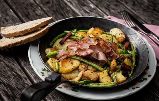 Жареная картошка с мясом – рецепты