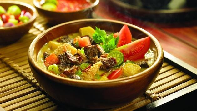Традиционный балийский суп из бычьих хвостов