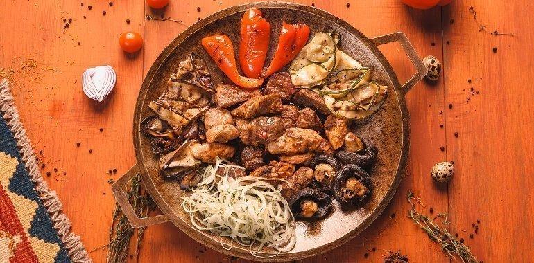 Вкуснейшие блюда в Тюмени: посещение восточного ресторана «Наш Бараш»