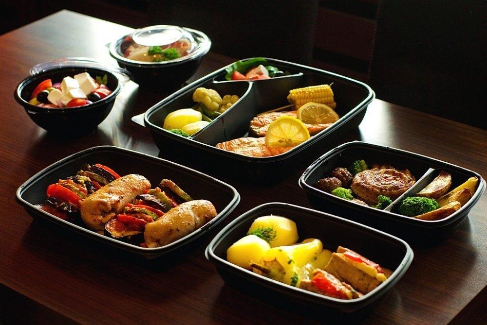 Вкуснейшие обеды с доставкой в офис или на дом: сервис «Привет, Обед!»