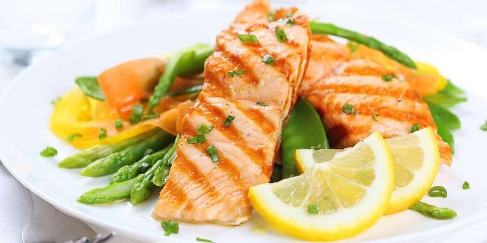 Какой гарнир выбрать к запеченной в духовке рыбе?