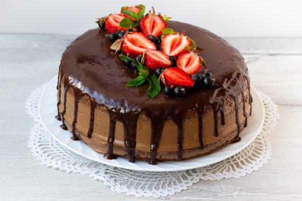 Торт от «Лякоше» – сладкое завершение праздника