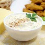 Сырный соус с маслинами