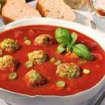 Томатный суп с фрикадельками