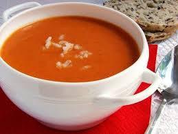 Томатно-морковный суп с беконом