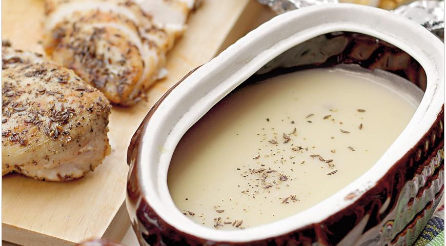 Крем-суп из картофеля и и запеченного чеснока с куриным филе
