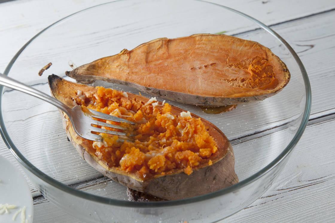 Печеный батат со свежей начинкой