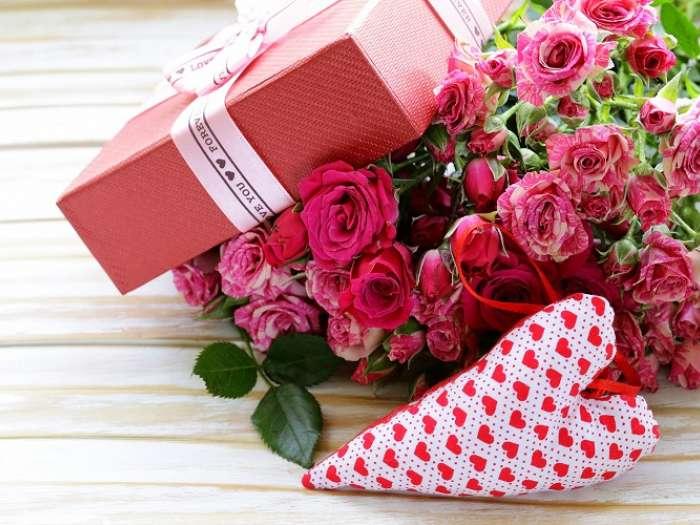 Какие цветы подарить на День Влюблённых