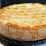 Дрожжевой пирог с творогом и сыром