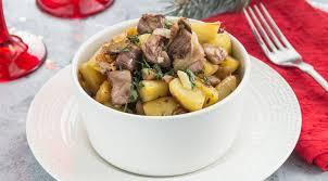 Жаркое из индейки с картофелем