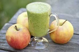 Яблочный смузи с сухофруктами
