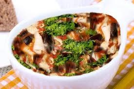 Рыбный суп с консервированной горбушей и мидиями