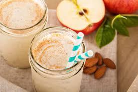 Яблочно-коричный смузи с кефиром